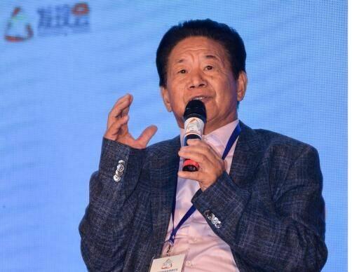 百年匠心赵章光出席中国品牌发现会高峰论坛